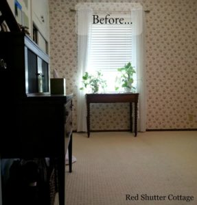 Picture of Home Office from doorway showing desk and window. www.redshuttercottage.com