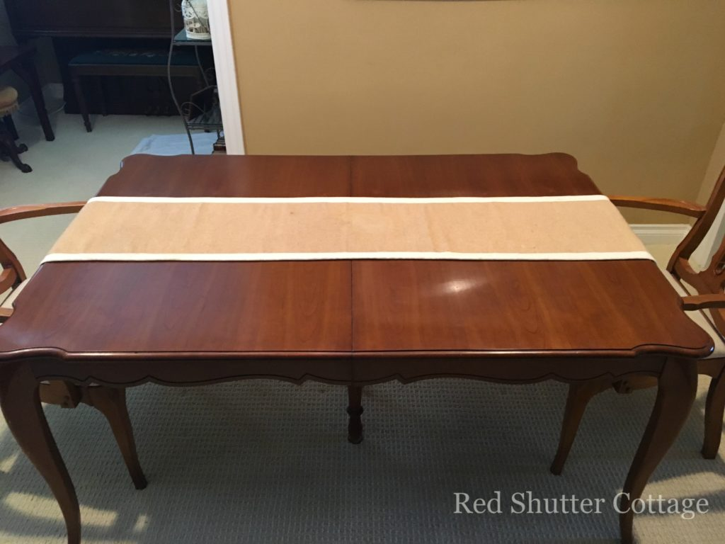 Dining Table with summer runner