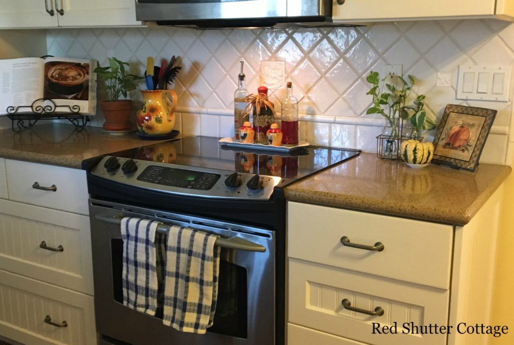 2016 Fall and Halloween Kitchen Tour Kitchen Counter