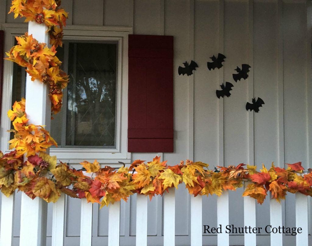 Halloween on the Porch 2016 www,.redshuttercottage.com