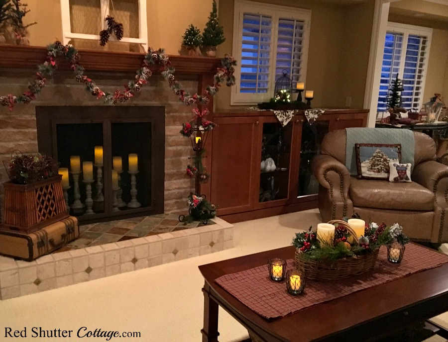 Christmas 2017 Living room view of coffee table and fireplace. www.redshuttercottage.com