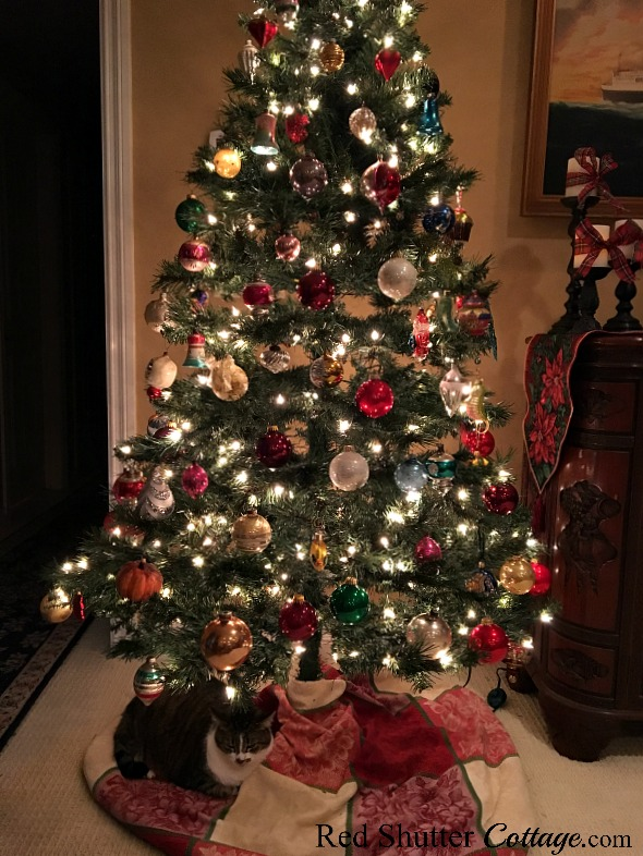 Christmas 2017 view of Christmas tree including tree skirt and cat. www.redshuttercottage.com