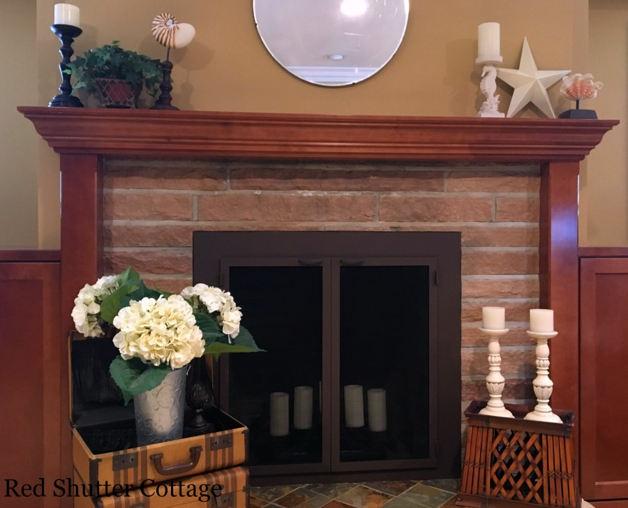 Summer mantel with basic decorations. How to Decorate a Summer Mantel.