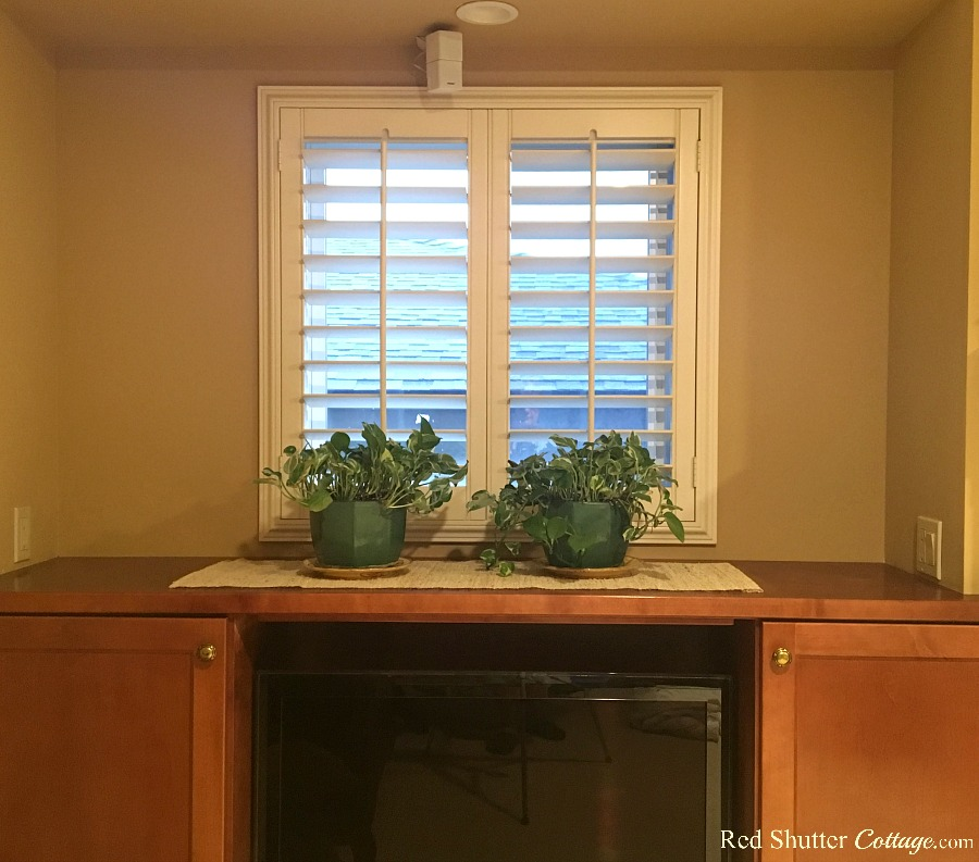 A rather uninspiring view of the left hand side window countertop, which prompted Styling Window Countertops. www.redshuttercottage.