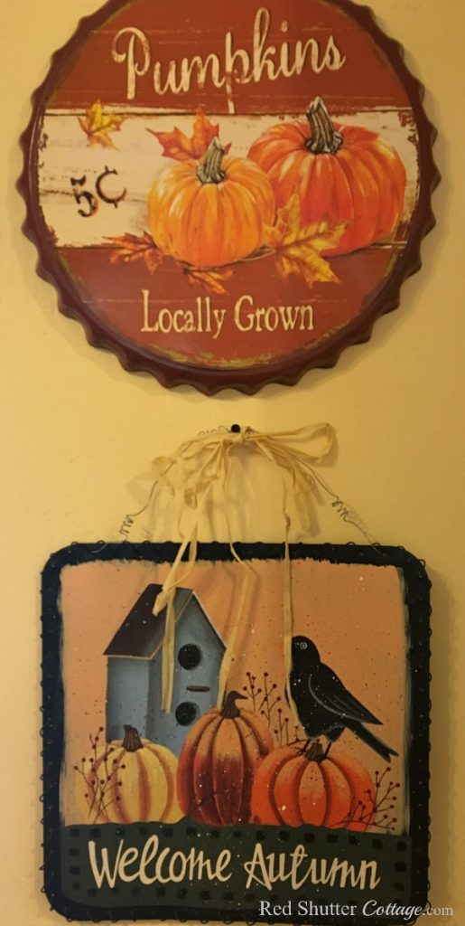 Welcome Autumn and Pumpkins for 5 cents are wall hangings that speak fall to me, and are part of Fall in the Kitchen 2018. www.redshuttercottage.com