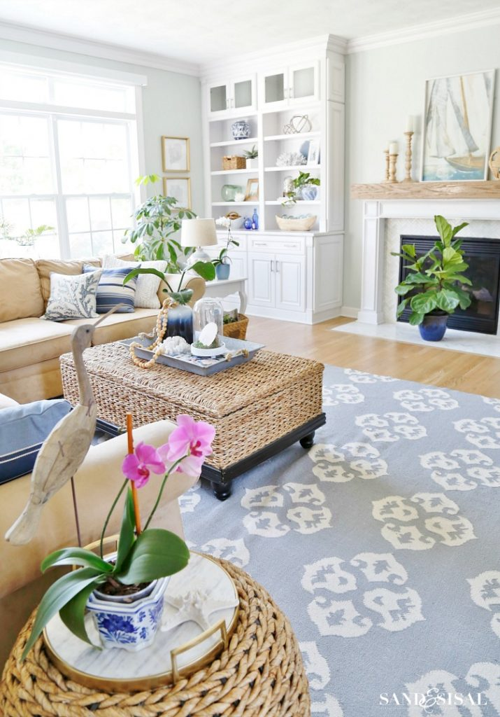 Image of coastal living room.