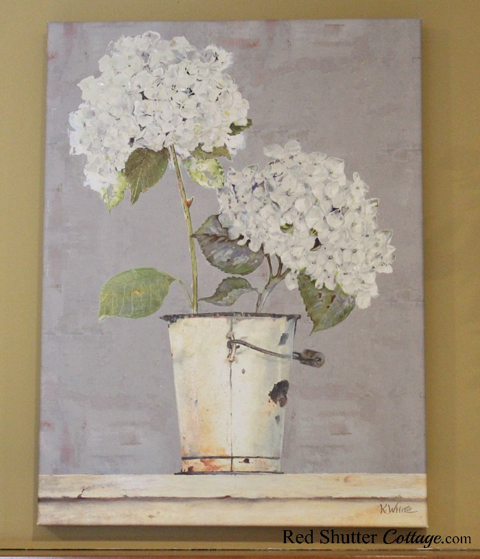 This sweet and charming hydrangea print was an unexpected find, but fits in perfectly with Hydrangeas in the Living Room. www.redshuttercottage.com